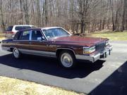 Cadillac 1990 Cadillac Fleetwood d' Elegance Sedan 4-Door